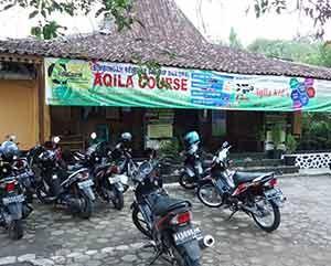 Bimbel-Aqila-Tanjung